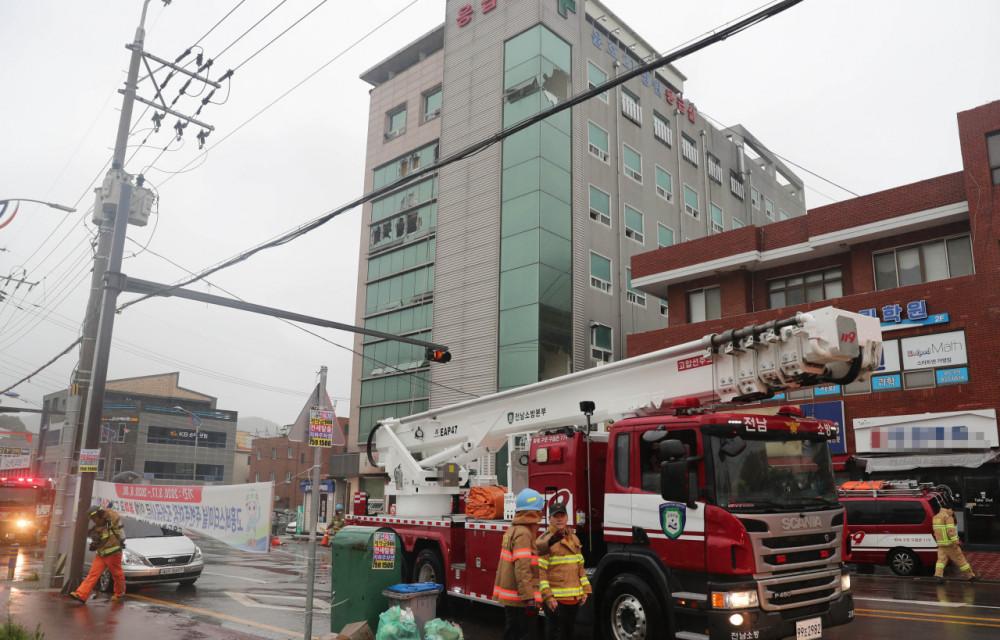 Ít nhất 30 người thương vong trong vụ hảo hoạn tại một bệnh viện ở Hàn Quốc rạng sáng 10/7.