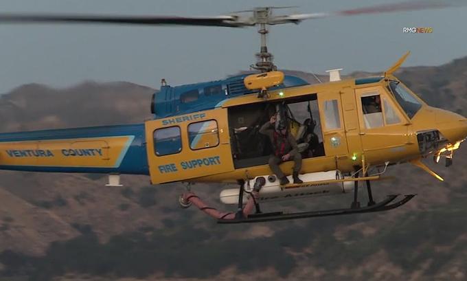 6 thuyền, 1 trực thăng và gần 100 cảnh sát được điều động để tìm Naya Rivera