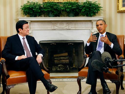 Vào tháng 7/2013, trong chuyến thăm Mỹ, Chủ tịch nước Trương Tấn Sang và Tổng thống Barack Obama đã ra tuyên bố chung thiết lập quan hệ đối tác toàn diện, nhằm thúc đẩy quan hệ song phương trong một loạt các lĩnh vực như chính trị, an ninh, thương mại và đầu tư, ngoại giao và hợp tác môi trường. (Ảnh: Getty Images)