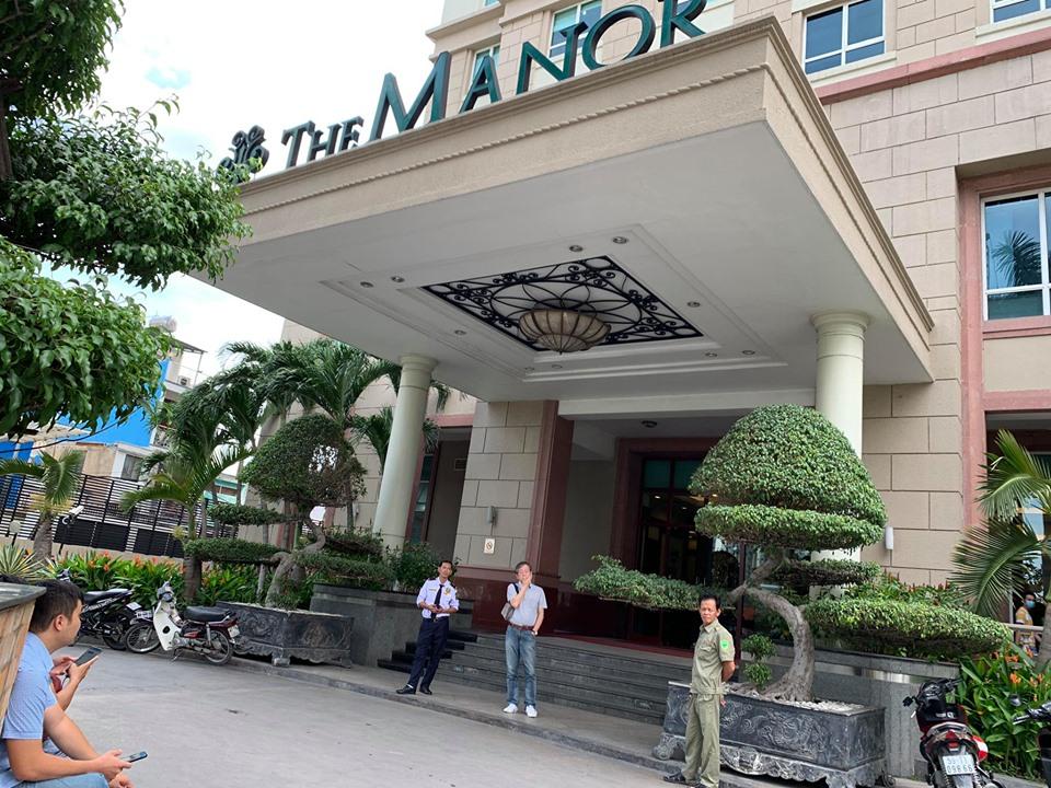 Chung cư The Manor - nơi ở của ông Trần Vĩnh Tuyến được phong tỏa