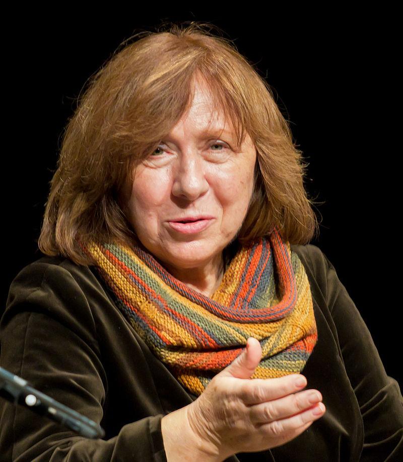 Nữ nhà văn Svetlana Alexievich