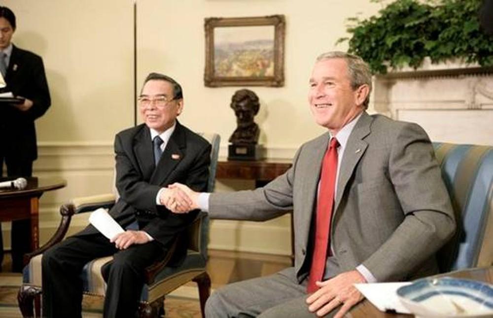 ngày 19-25/6/2005, Thủ tướng Phan Văn Khải đã có chuyến thăm chính thức tới Mỹ.