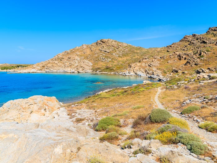 Công viên bảo tồn thiên nhiên Paros nơi mang lại cho du khách nhiều hoạt động, trải nghiệm thú vị.