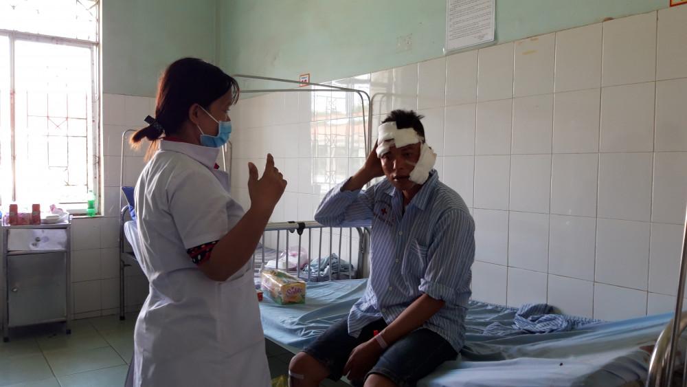 Các nạn nhân bị thương đang được điều trị tại bệnh viện