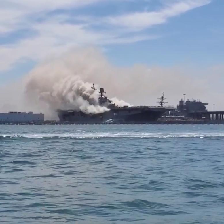 Khoảng giữa trưa, lực lượng quân đội cho biết các sĩ quan đã rút hết khỏi bến tàu. Tuy nhiên, ngọn lửa vẫn chưa được dập tắt. Một số thời điểm, do có gió nên cột khói càng bốc cao và lan rộng.