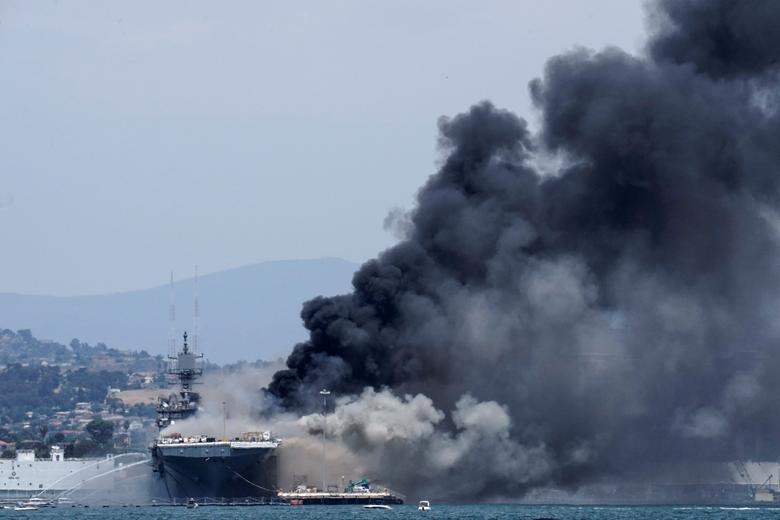 Bonhomme Richard bắt đầu tham gia vào các hoạt động cùa quân đội Mỹ từ năm 1998. Con tàu cũng từng xuất hiện trong bộ phim Chiến hạm, ra mắt năm 2012.