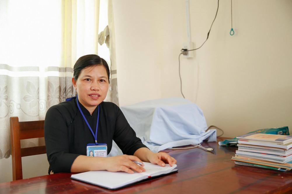 Cô Hiệu trưởng Tô Thị Minh Hoãn