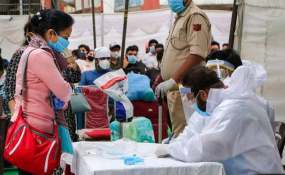Số ca nhiễm mới tại Ấn Độ tiếp tục tăng nhanh.