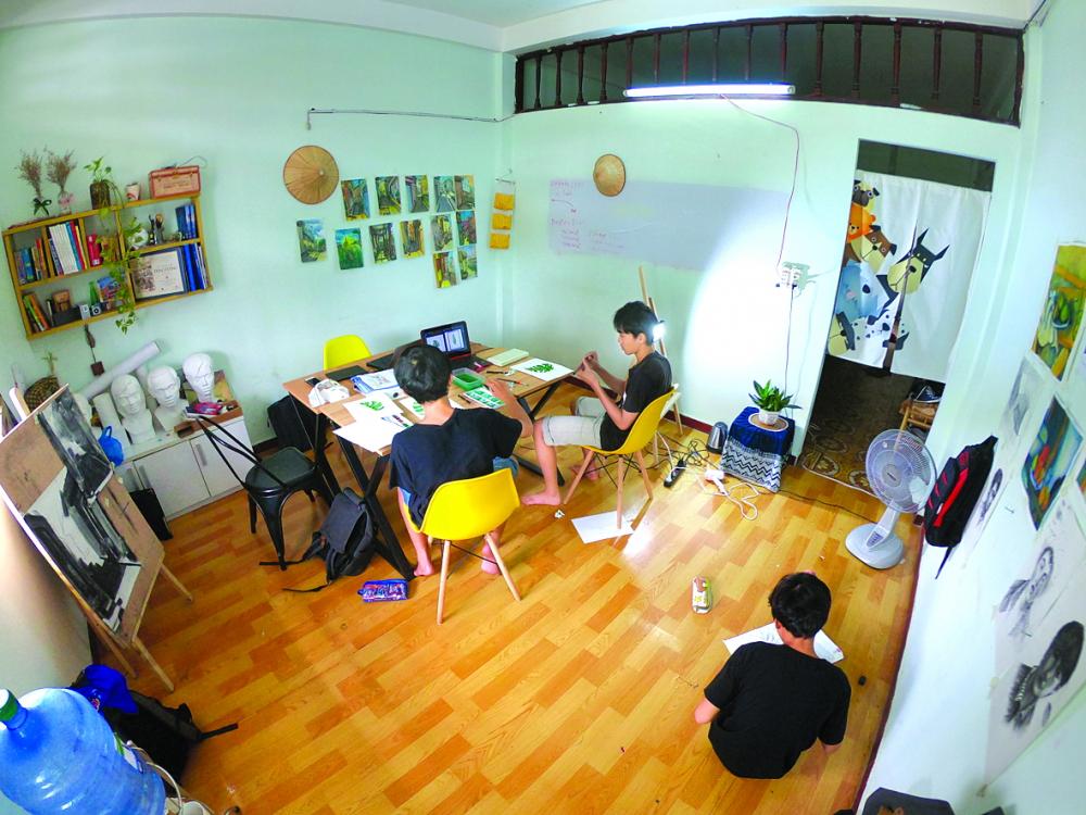 Căn phòng của Lớp vẽ Hộp mặt trời