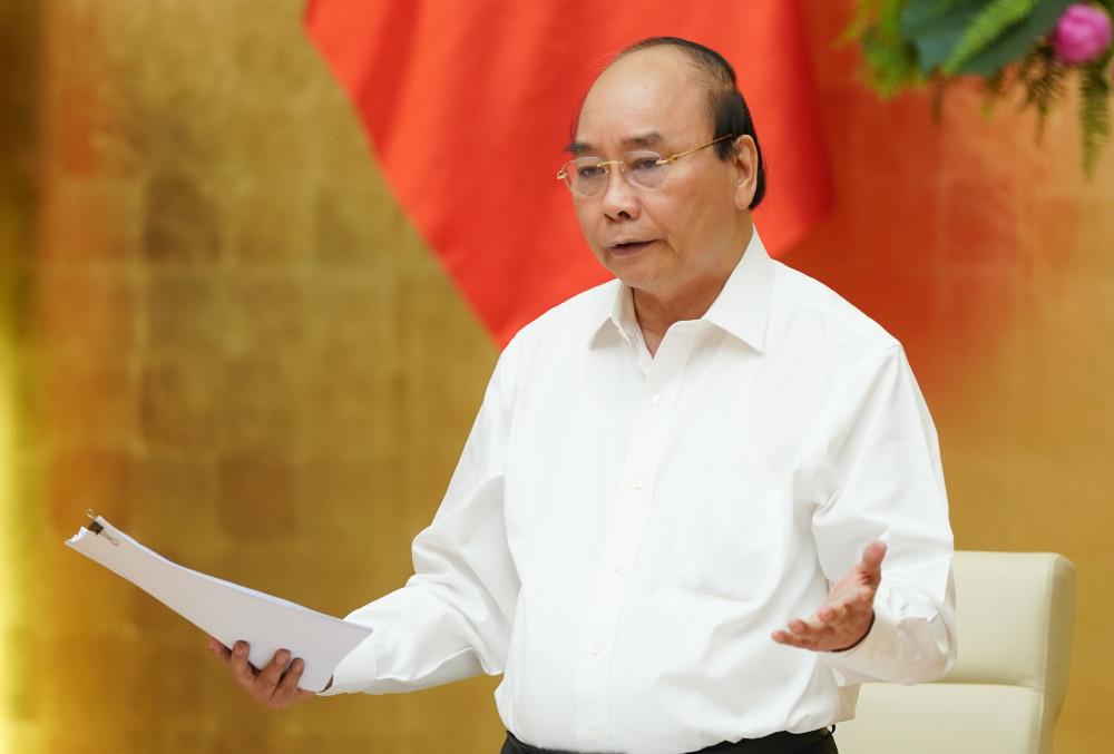 Thủ tướng Nguyễn Xuân Phúc phát biểu tại cuộc họp (Ảnh: VGP).