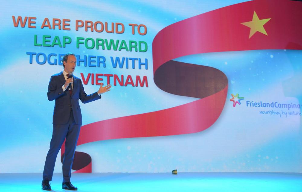 Ông Berend van Wel, Tổng giám đốc FrieslandCampina Việt Nam chia sẻ hành trình 25 năm thành công của Sữa Cô Gái Hà Lan tại Việt Nam