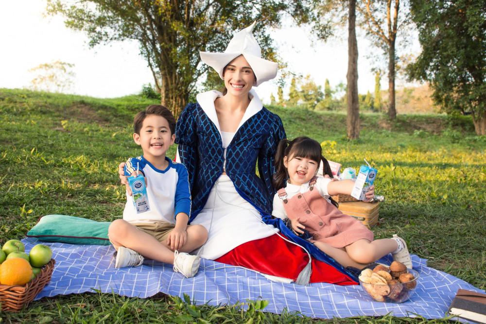 Với bề dày lịch sử gần 150 năm toàn cầu và 25 năm tại Việt Nam, Sữa Cô Gái Hà Lan theo đuổi mục tiêu cung cấp các sản phẩm sữa chất lượng cao nhằm mang lại một nền tảng dinh dưỡng và thể chất khỏe mạnh cho người tiêu dùng, đặc biệt là thế hệ tương lai
