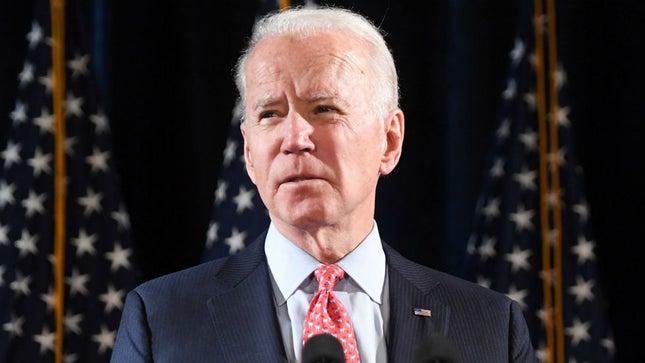 Joe Biden cùng các chính trị gia và nhiều người nổi tiếng khác bị hack tài khoản Twitter.