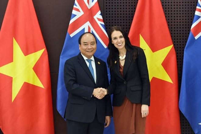Thủ tướng Chính phủ Nguyễn Xuân Phúc và Thủ tướng New Zealand Jacinda Ardern tại Đà Nẵng. Ảnh: VGP.