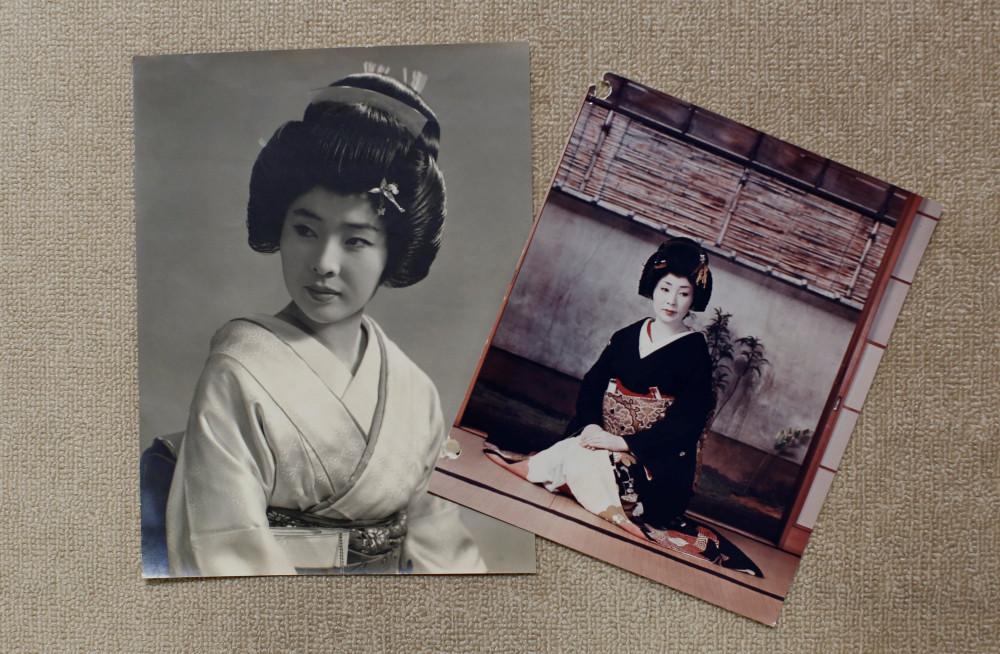 Những bức ảnh cũ của Ikuko được chụp sau khi cô chuyển đến Tokyo vào năm 1964, lưu giữ tại nhà ở Tokyo, Nhật Bản.