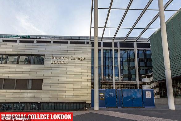 Nhiều trường đại học Anh phụ thuộc vào học sinh từ sinh viên Trung Quốc.