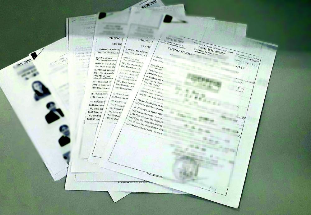 Lao công, đầu bếp ở Sở Giáo dục và Đào tạo TP.HCM cũng được chi trả số tiền lớn với nội dung được thể hiện trên chứng từ là thù lao biên soạn sách.