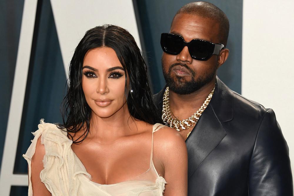Kanye West và vợ hạnh phúc bên nhau cho tới khi anh tuyên bố tranh cử tổng thống Mỹ và có buổi vận động đầu tiên.