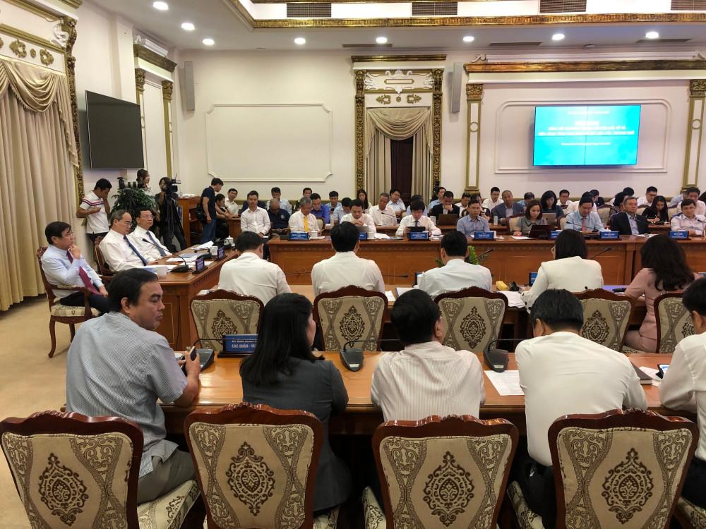 Hội nghị công bố Chương trình chuyển đổi số (CĐS) và hệ thống nền tảng tích hợp, chia sẻ dữ liệu của TPHCM ngày 22/7. Ảnh: Quốc Ngọc