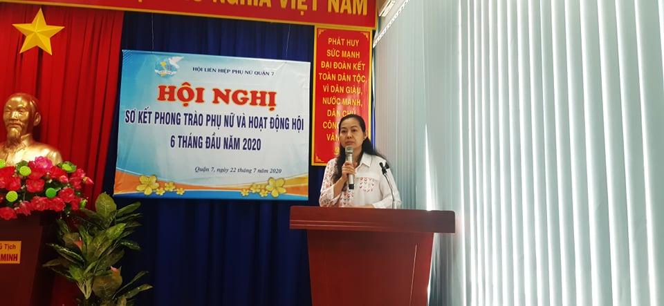 Bà Lâm Thị Ngọc Hoa - Phó Chủ tịch Thường trực Hội LHPN TPHCM phát biểu tại hội nghị