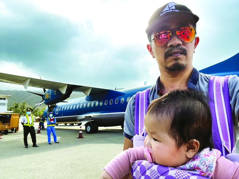 Mới 4 tháng tuổi, bé Bu đã có chuyến đi xa đầu tiên tại Côn Đảo