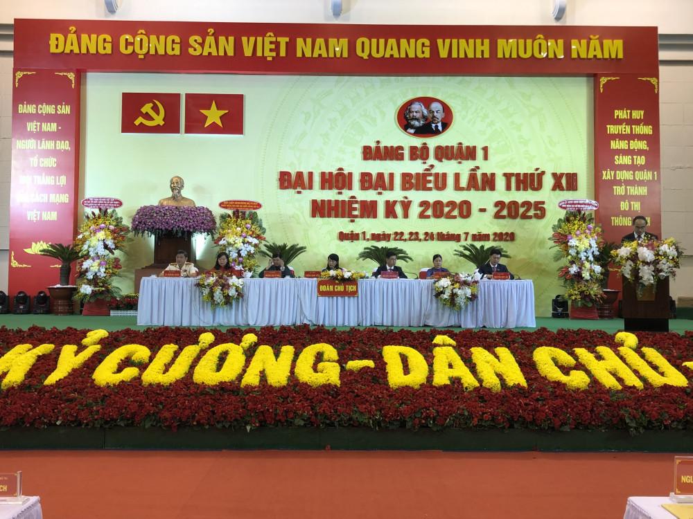 Bí thư Thành ủy TPHCM Nguyễn Thiện Nhân phát biểu chỉ đạo đại hội