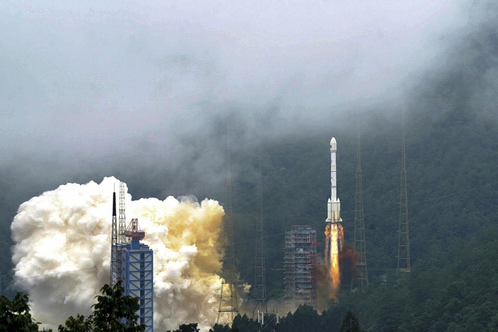 Trung Quốc phóng vệ tinh cuối cùng trong mạng lưới định vị Bắc Đẩu vào tháng 6/2020, cạnh tranh trực tiếp với hệ thống định vị toàn cầu GPS của Mỹ - Ảnh: AP