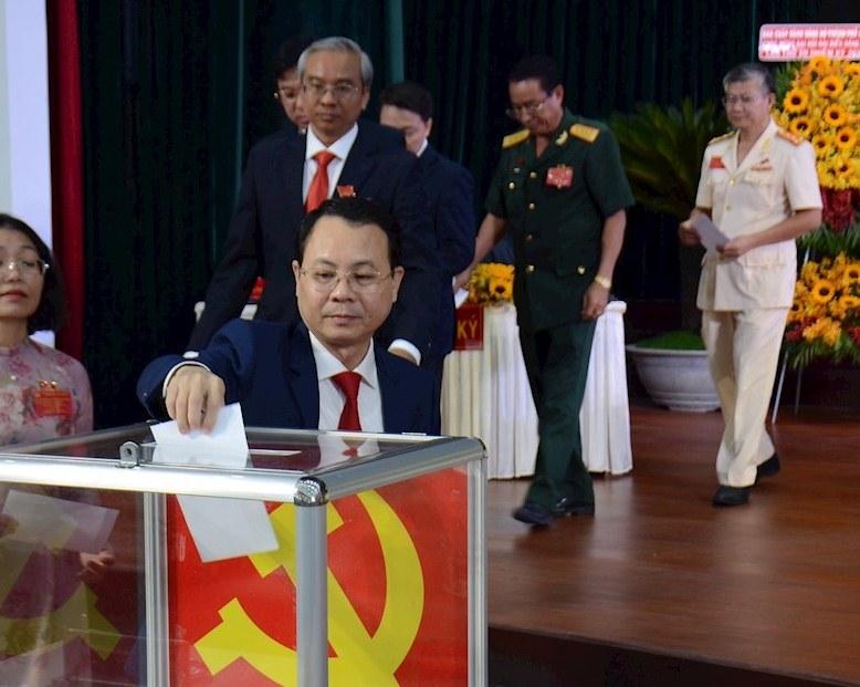 Ông Nguyễn Văn Hiếu - tái đắc cử vị trí Bí thư Quận ủy Quận 5 nhiệm kỳ 2020-2025