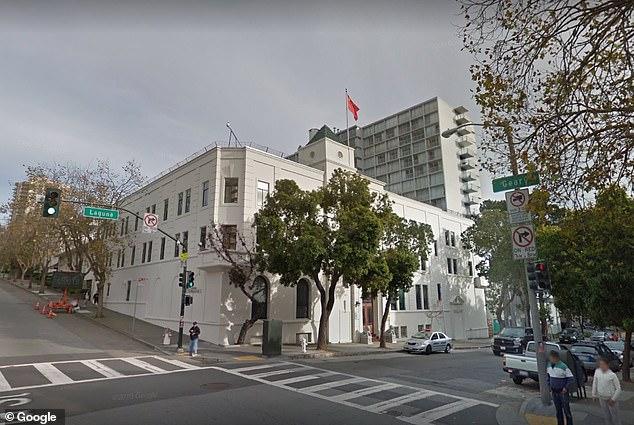 Một nhà khoa hco5 thứ tư được cho là đang ẩn náu tại lãnh sự quán Trung Quốc ở San Francisco.