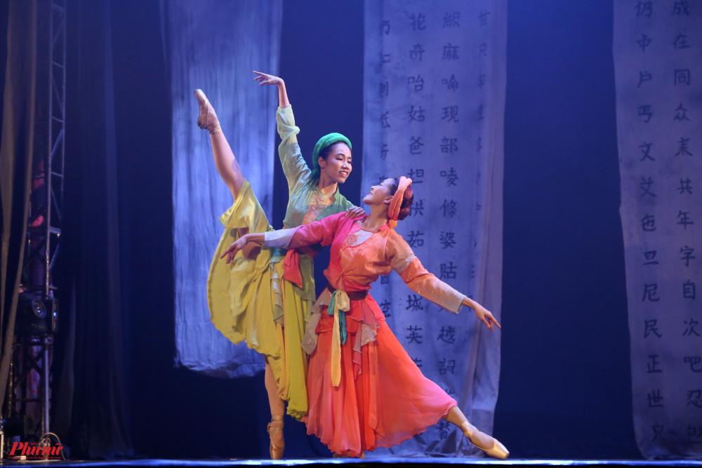 Hình ảnh trong vở Kiều do Nhà hát Nhạc Vũ Kịch TPHCM kết hợp với Hội Nghệ sĩ Múa Việt Nam.