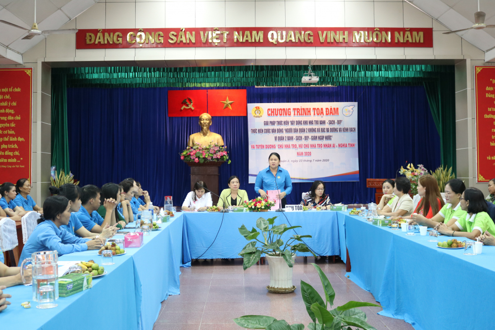 Bà Nguyễn Thị Ngọc Hương - Chủ tịch Liên đoàn Lao động quận 2 -