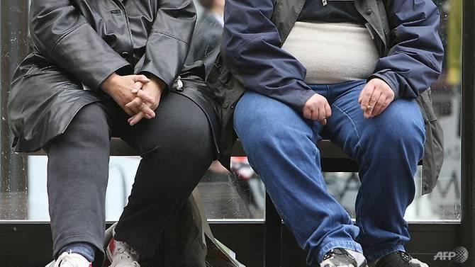 Chính phủ Anh khuyên khích người dân giảm cân.