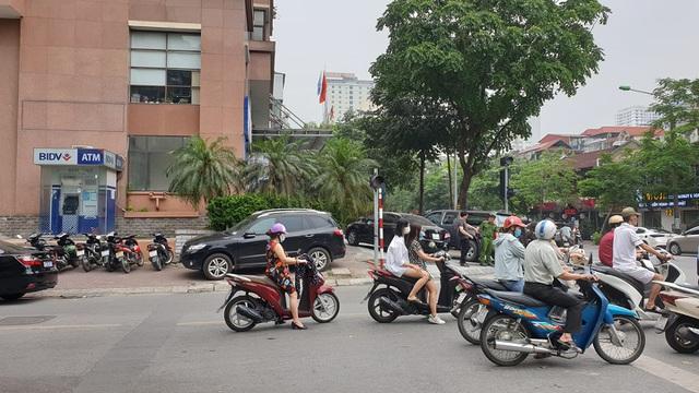 Ngân hàng BIDV chi nhánh Ngọc Khánh.