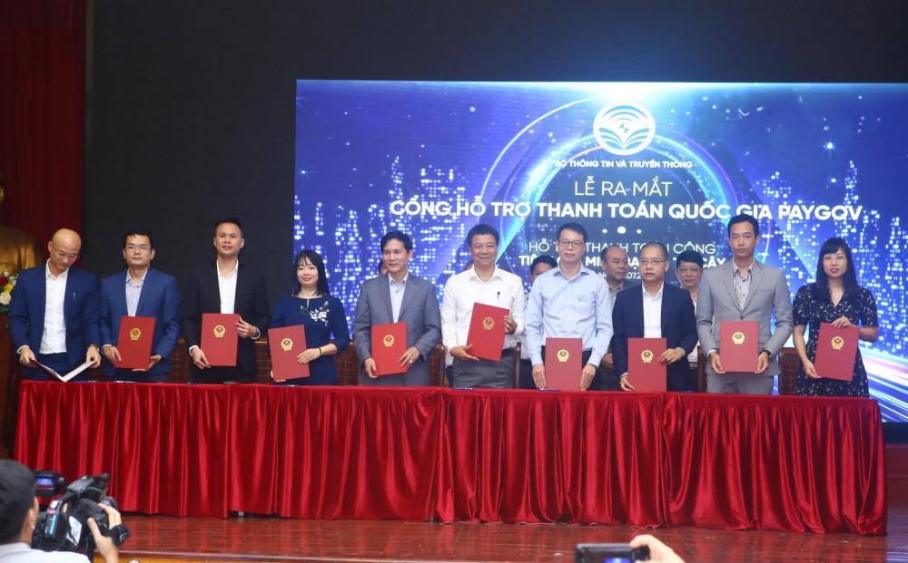 NAPAS - Bộ Thông tin và Truyền thông ký thỏa thuận chiến lược