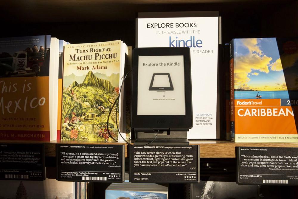 Nạn buôn bán sách lậu và ăn cắp sách điện tử  đang ngày càng phức tạp Ảnh: Stephen Brashear/Getty Images
