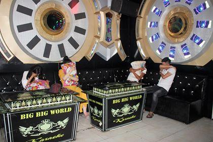 Quán Karaoke Big Big World ở TP. Tam Kỳ trước đây đã  từng bị xử phạt do không chấp hành chủ trương phòng chống dịch COVD-19