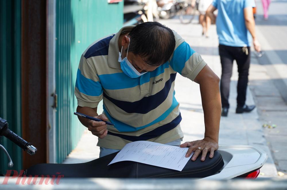 Người dân trở về từ Đà Nẵng tự giác khác  Người dân nên chủ động liên hệ với các trạm y tế trên địa bàn mình cư trú để được xét nghiệm.