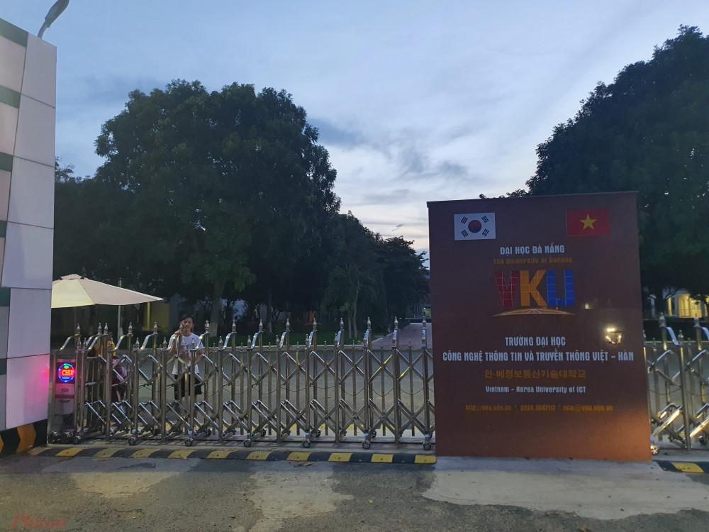 Trường ĐH Công nghệ thông tin và truyền thông Việt Hàn hạn chế sinh viên, cán bộ ra khỏi trường