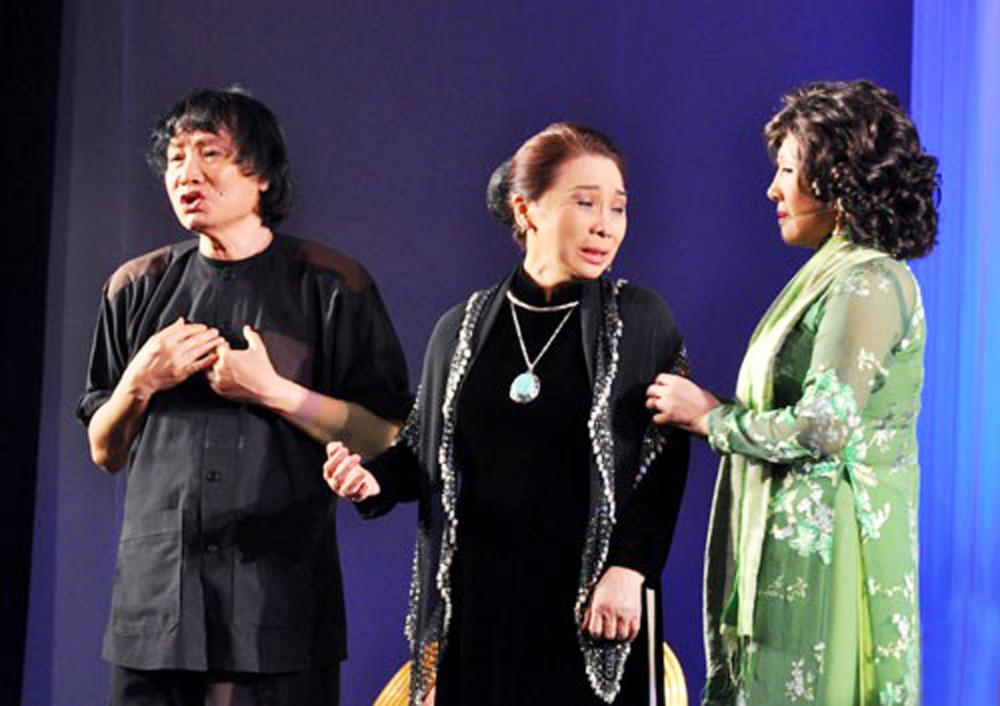 Ba nghệ sĩ thuộc 'thế hệ vàng NSND Minh Vương, NSND Bạch Tuyết, NSND Lệ Thủy luôn nặng tình với ông Sáu Thảo