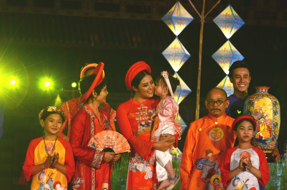 Lễ hội áo dài luôn là một trong những chương trình chính ở mỗi kỳ lễ hội Festival Huế