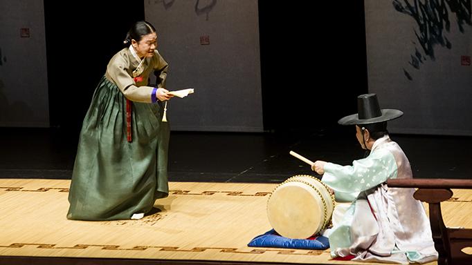 Pansori loại hình truyền thống lâu đời tại Hàn Quốc.