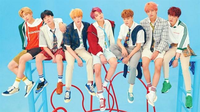 BTS sử dụng vũ đạo mang phong cách Pungmul - một điệu nhảy cổ của Hàn - tròn bản hit Idol.