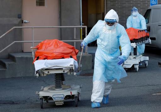Toàn cầu ghi nhận mưc stangw kỷ lục gần 300.000 người nhiễm trong 24 giờ qua