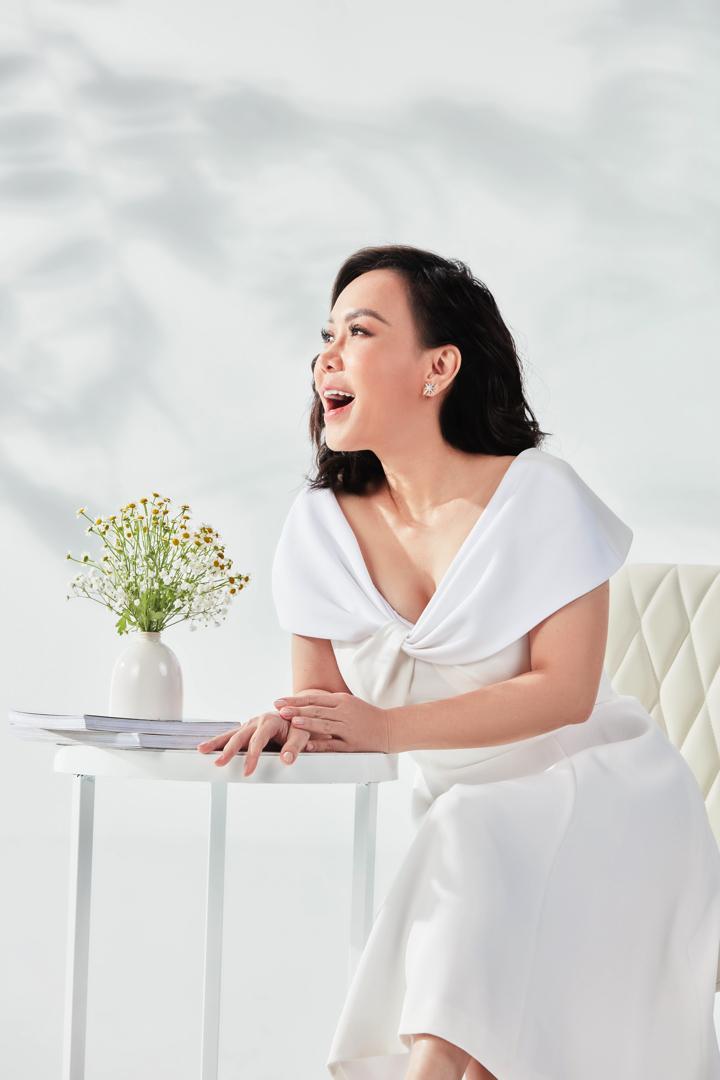 Theo nghệ sĩ Việt Hương, người phụ nữ ở giai đoạn này rất hiểu bản thân mình, và vì hiểu bản thân nên luôn mang phong thái tự tin.