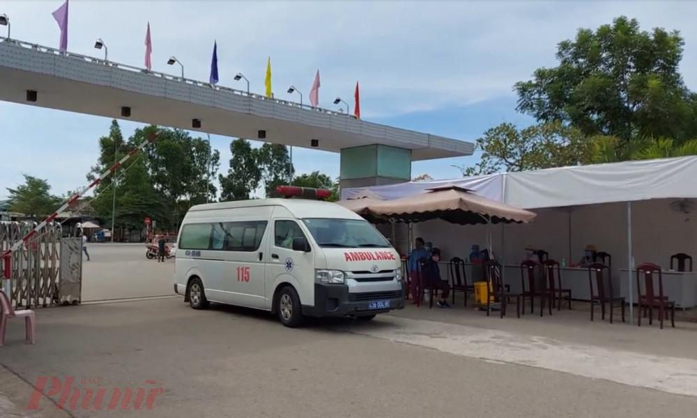 Trong chiều 2/8 có hai ca bệnh nặng từ Đà Nẵng đã chuyển ra điều trị tại cơ sở Bệnh viện Trung ương Huế