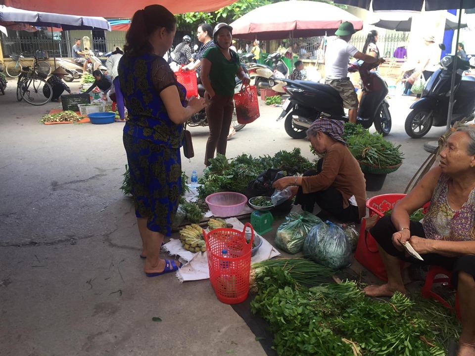 Phát động chống rác thải nhựa ở Lạng Giang: chị em cùng xách giỏ đi chợ, nói không với túi ni-lông