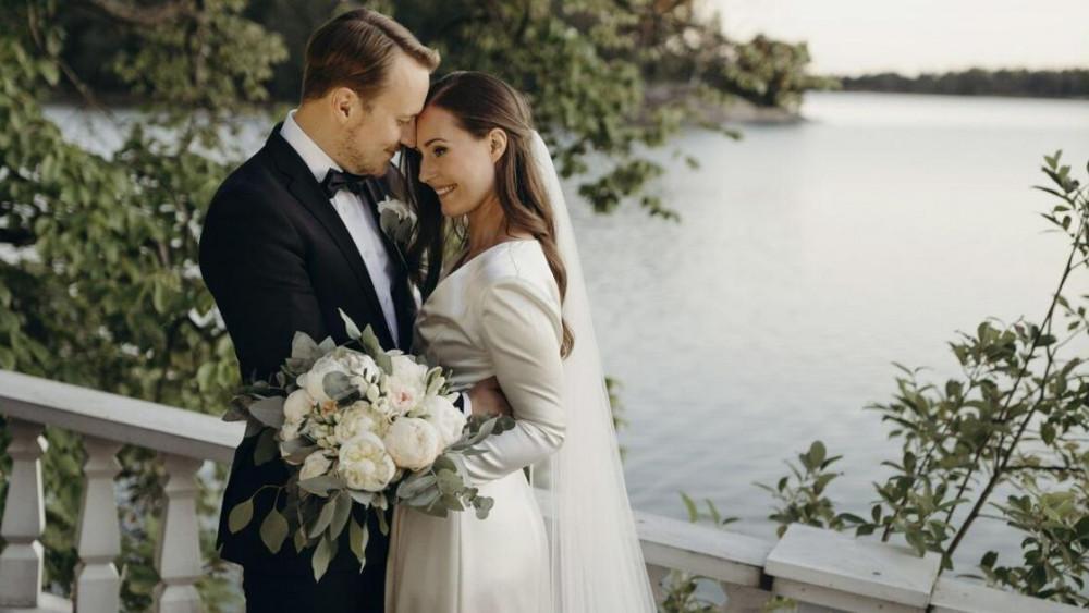 Thủ tướng Phần Lan Sanna Marin và chồng.