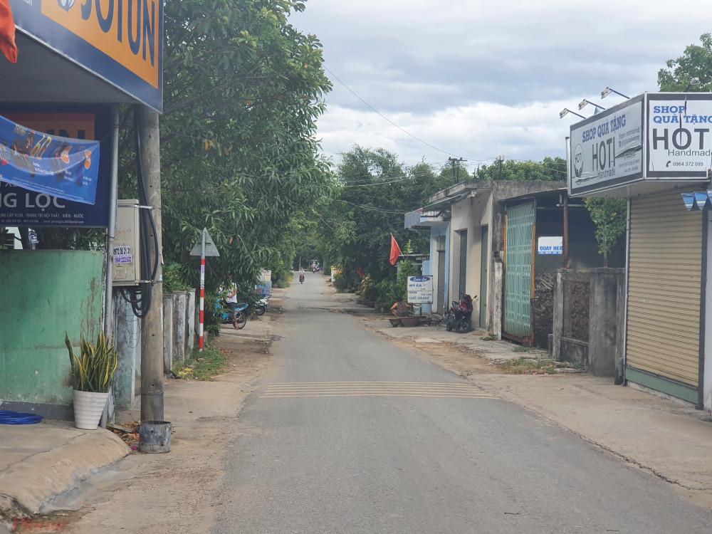 Dân cư bên trong thôn Lệ Sơn Nam