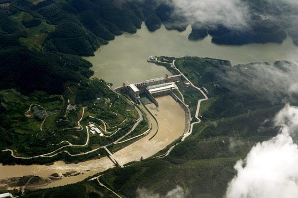 Việc Trung Quốc 'úp mở về dữ liệu nguồn nước sông Mê Kông và các động thái giữ nước khiến các quốc gia láng giềng ngày càng hoài nghi về mục tiêu hợp tác, khai thác bền vững của Bắc Kinh.