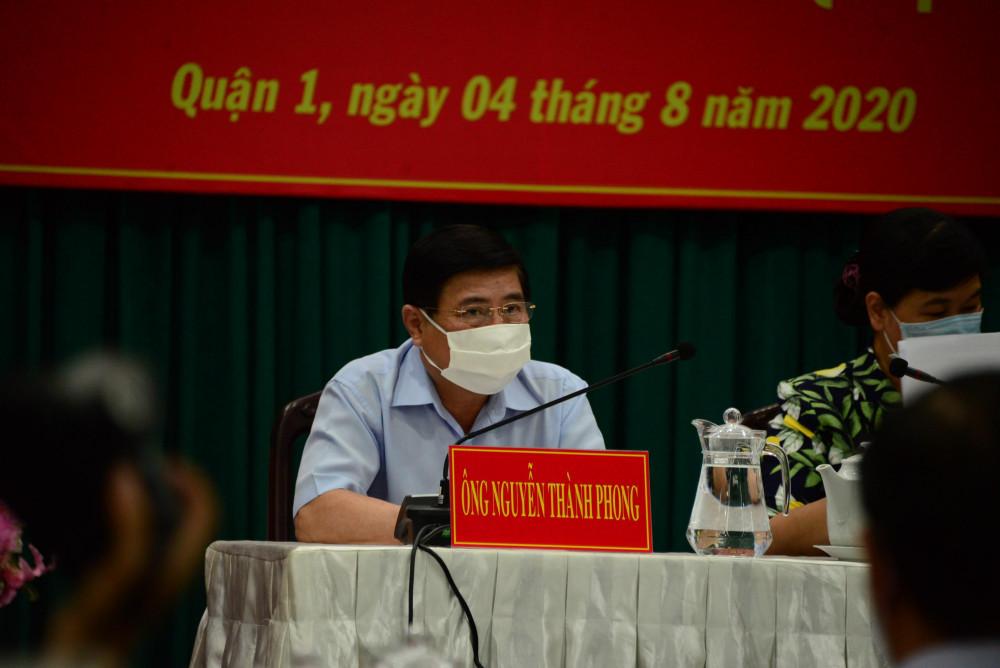 Chủ tịch UBND TPHCM Nguyễn Thành Phong tại cuộc tiếp xúc